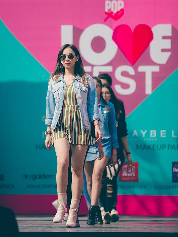 Plixxo Super Bloggers walk the ramp for Westside at the POPxo Love Fest